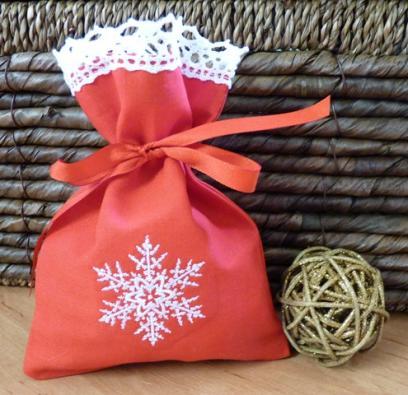 Dárkový pytlík vánoční s krajkou 2